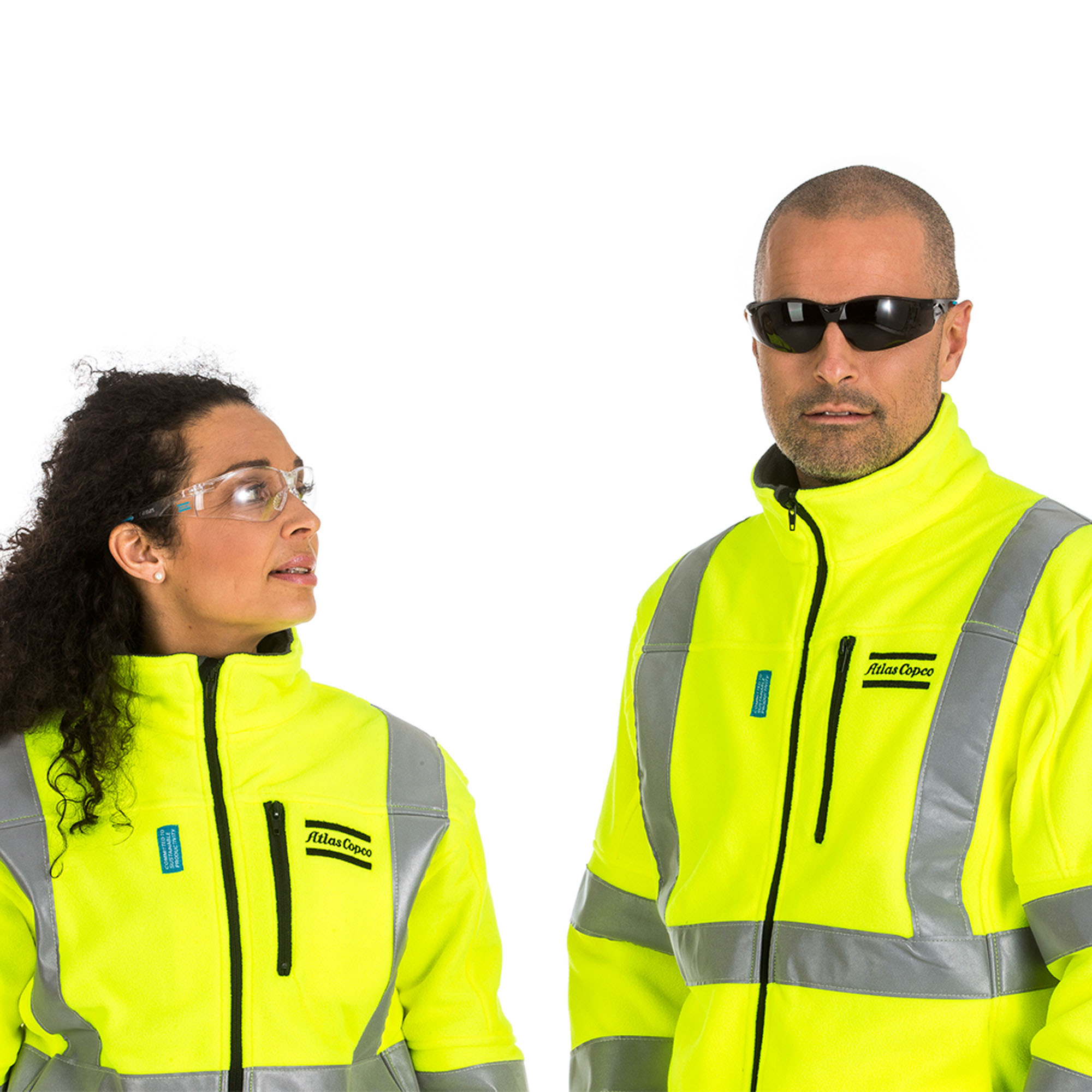 This safety eyewear is designed to offer the best possible protection and has been checked aesthetically and for proper fit to allow Atlas Copco's operators to work in complete harmony with the eyewear. The eyewear is made from non-allergic rubber, with a non-slip rubber nose pad and eyebrow protection. This safety eyewear meets the requirements of: EN 166 EN166 EN 170 EN166 ANSI Z87.1 EN166
