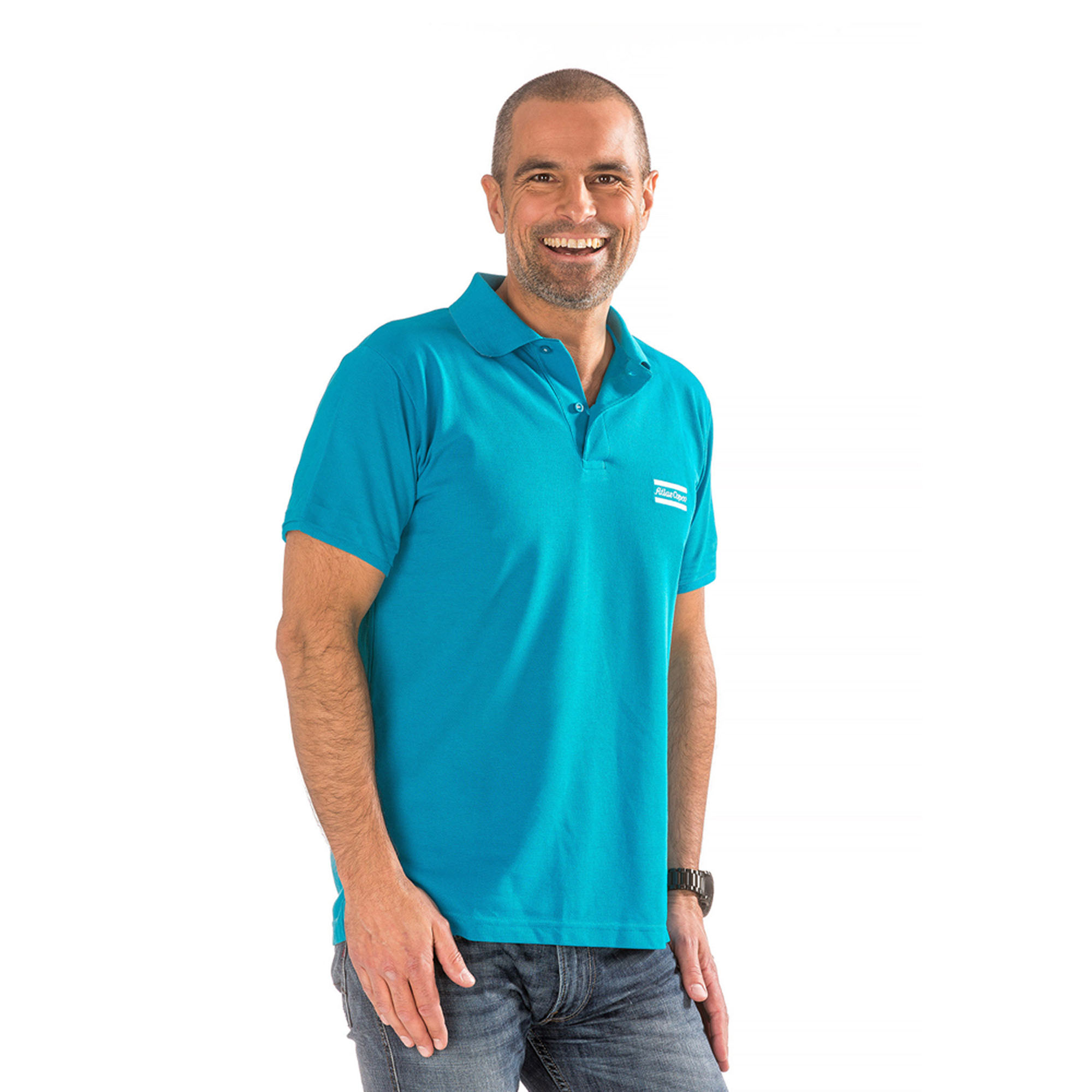 Classic fitting short sleeved polo shirt in breathable, durable cotton mesh. Three button placket.