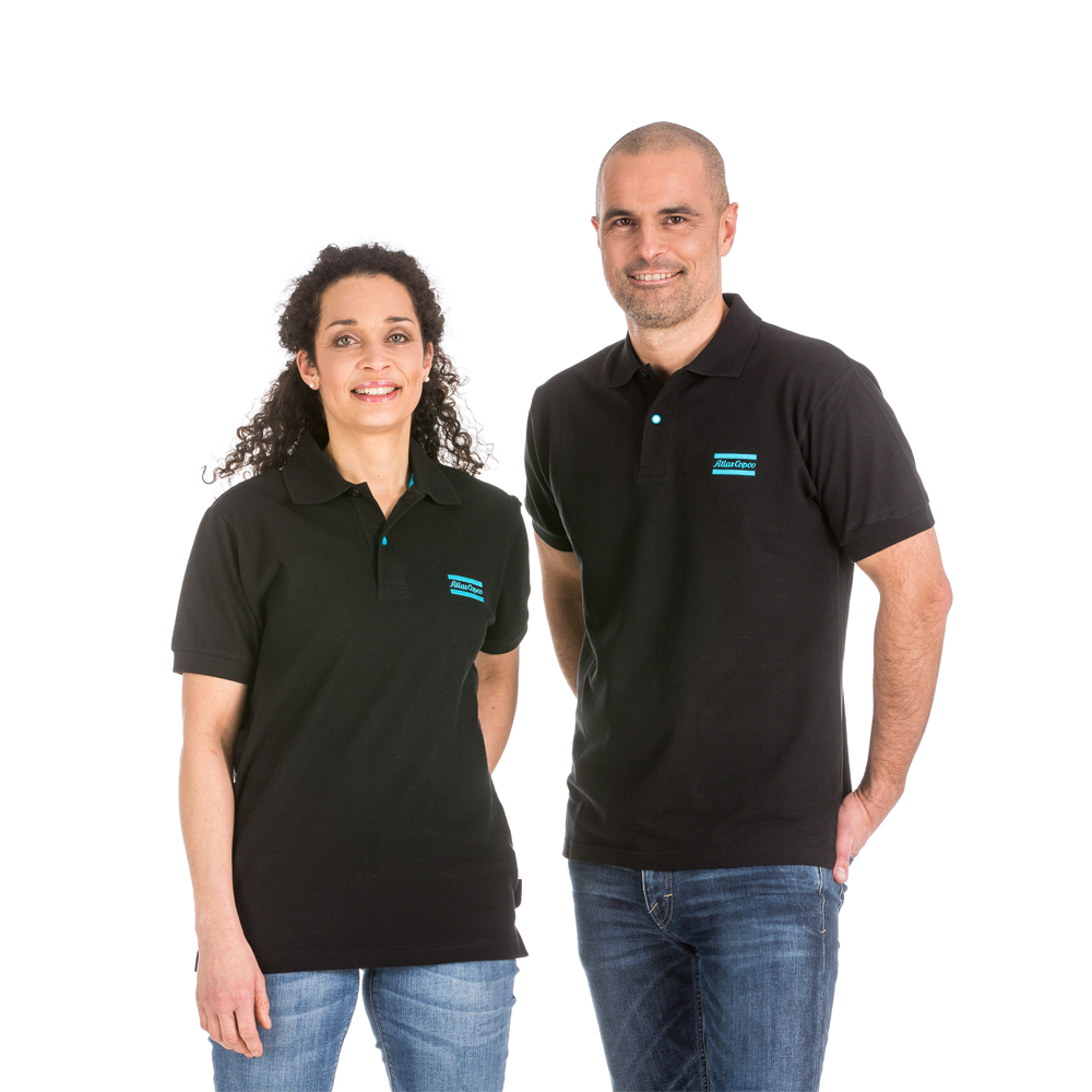 For this polo shirt we use a new quality fabric, a mix of organic cotton and Elastane. The Elastane adds comfort and flexibility. This garment is GOTS certified – the world's leading processing standard for textiles made from organic fibres. GOTS covers ecological and social criteria and every part of the textile supply chain is independently certified.