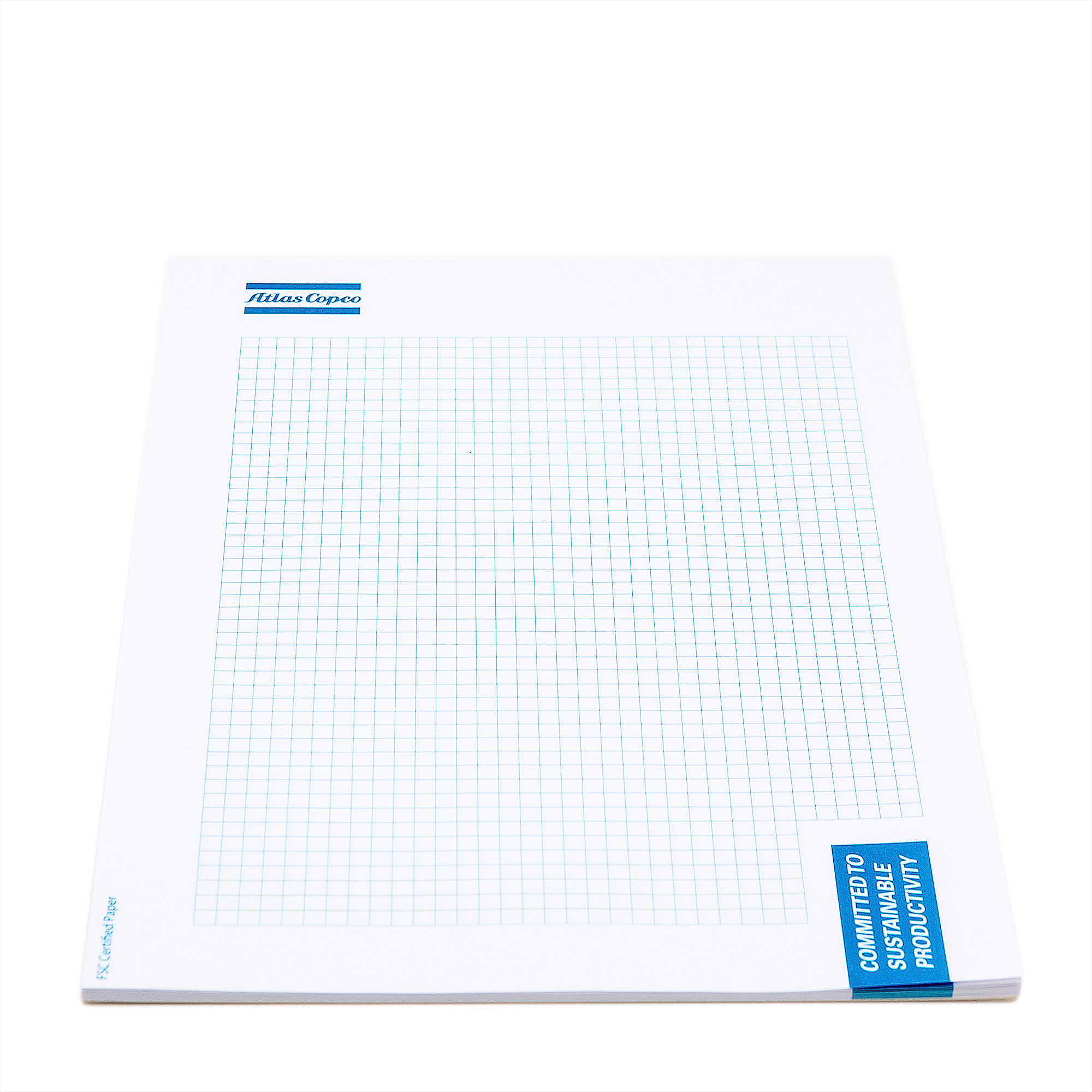 Notepad with a sturdy backside. 80 grams of white squared paper.