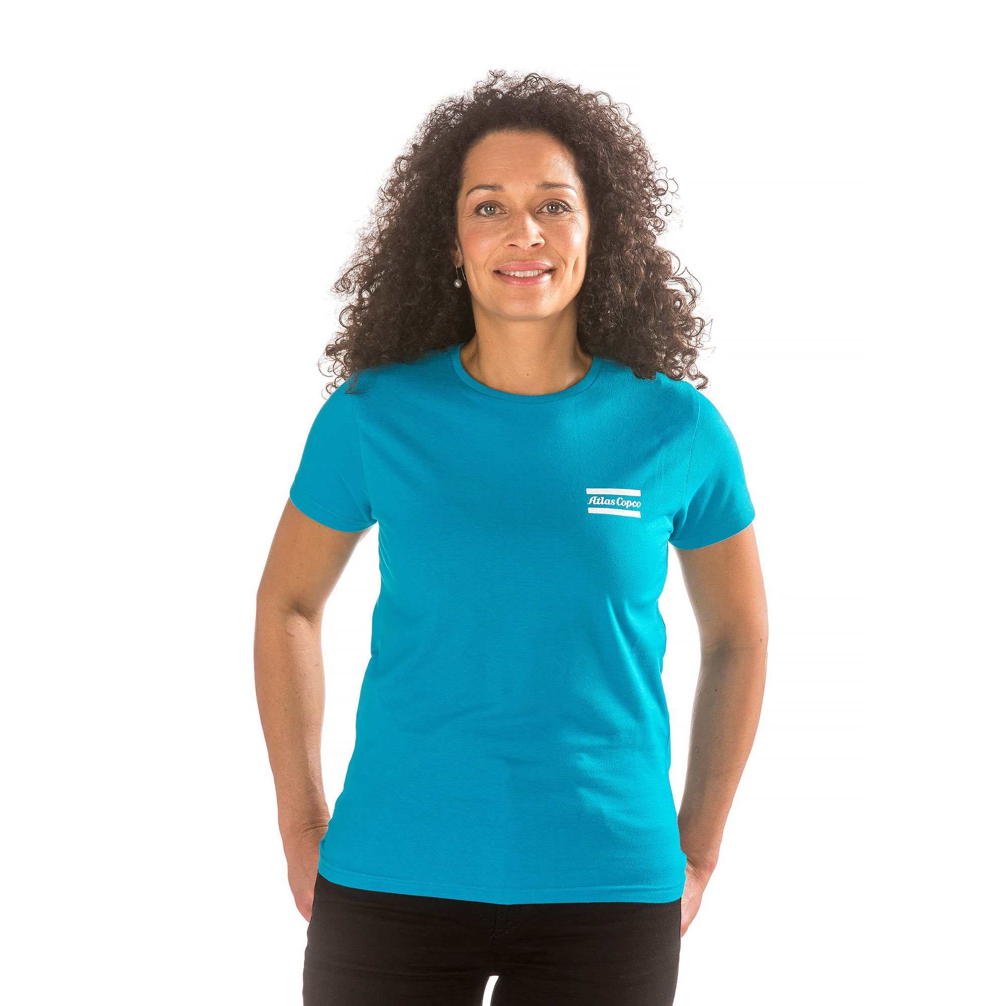 A high quality t-shirt in Atlas Copco blue. Green stitches and neck tape are added as nice details. Tightly knitted for smoothness and strength. Shoulder-to-shoulder taping helps prevent raveling and rip-out. Durable double-stitch trim.