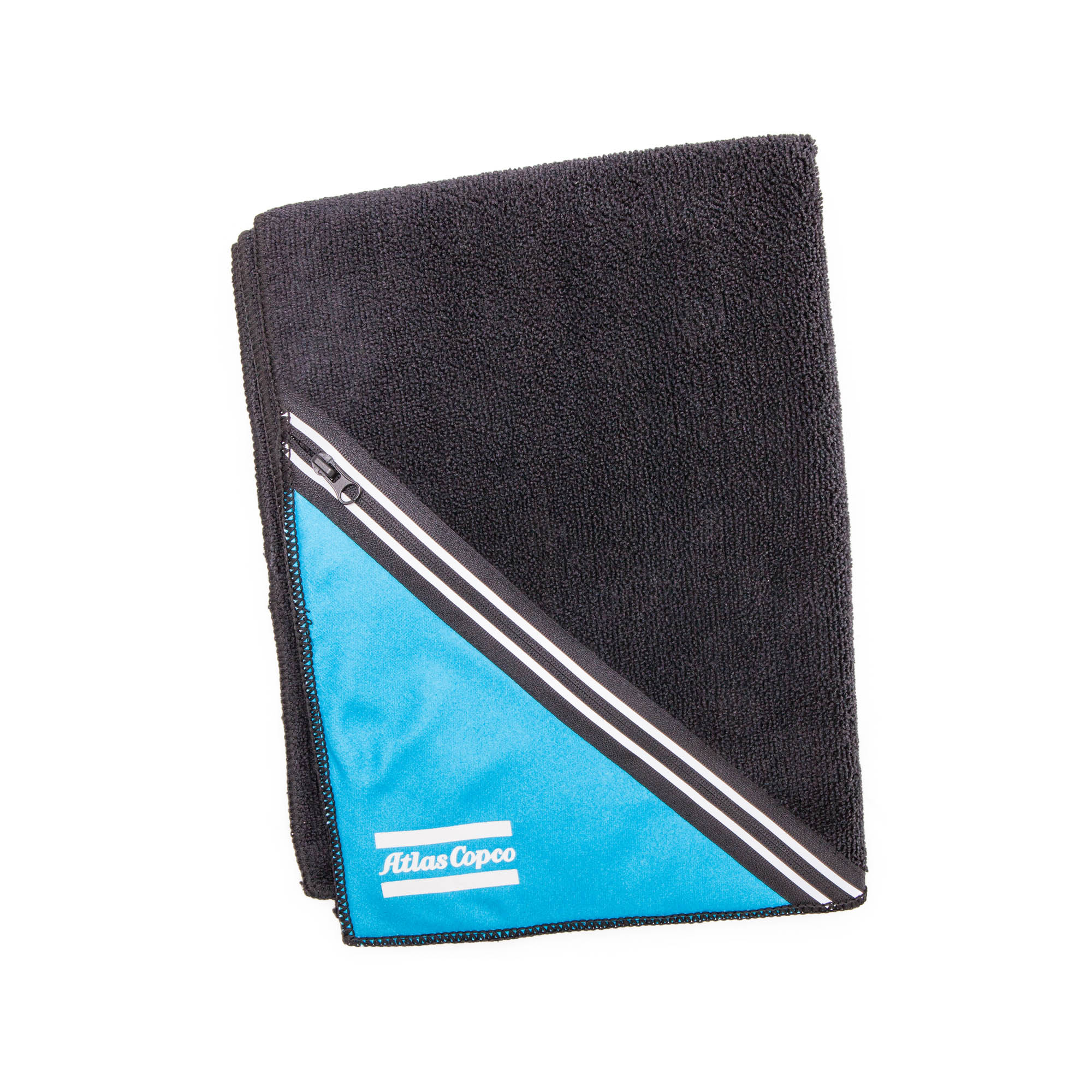 A stylish sports towel with impressive absorbency. Use it to dry off after a shower or to dry excess perspiration when you're working out. The Performance Training Towel has a smart zippered pocket to store things you want to have with you such as keys, phone, purse/wallet.